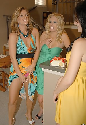 Hot Moms Lesbian Orgy Porn Pictures