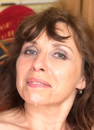 Hot Moms Facial Porn Pictures